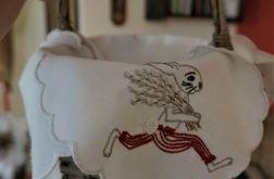 Serwetka do koszyczka z zającem