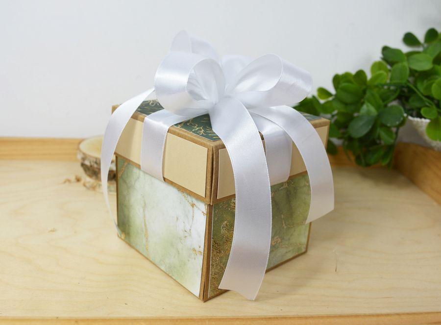 Szmaragdowo-złoty box ślubny - szmaragdowy