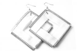 Duże kolczyki białe kwadraty