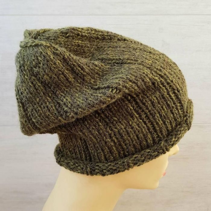 Ciepła czapka unisex w kolorze khaki