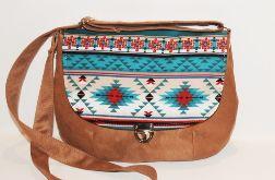 Listonoszka w stylu boho, etnicznym, azteckim