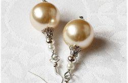 Beżowe perłowe