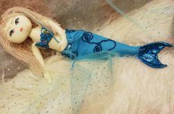 Syrenka z ogonem, lalka w sukience