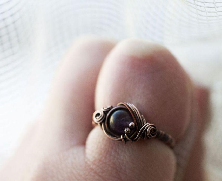 Anthea- pierścień z ametystem