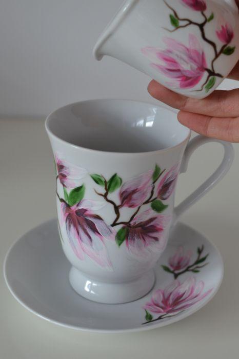 """Filiżanka 300 ml ze spodkiem ,,Różowa magnolia"""" - W użyciu"""