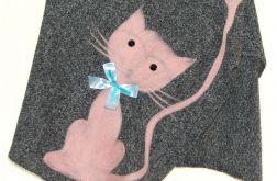 Ponczo dla dziewczynek z kotkiem 4