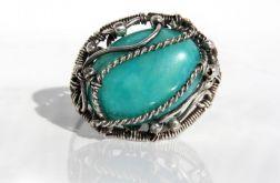 Pierścionek srebrny z miętowym jadeitem