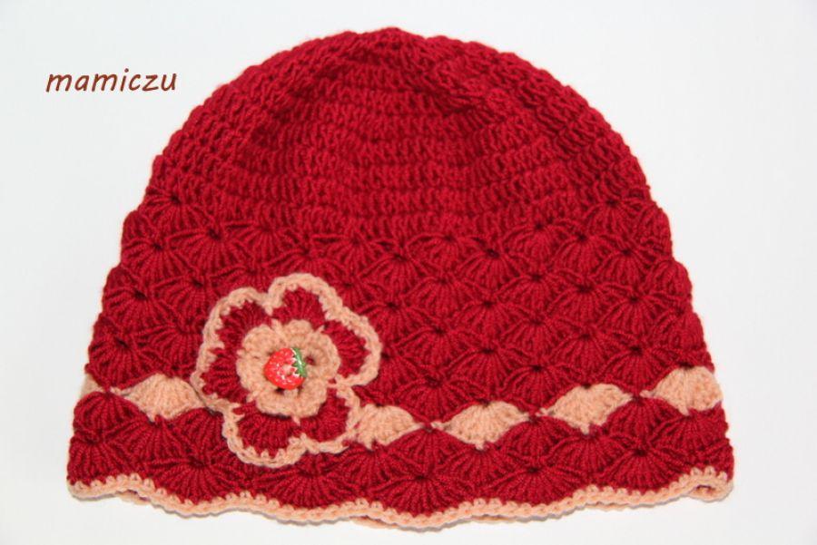 Bordowa czapka