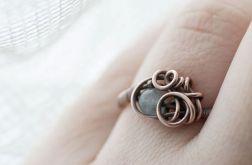 Anastasia - pierścień z marmurem