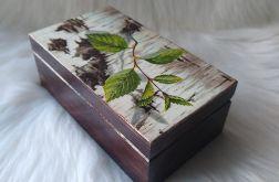 mała szkatułka z korą brzozy