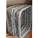 Koszyk kolorowy wyplatany z gazetowej wikliny