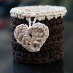 Mini koszyczek brązowo biały z serduszkiem - Serduszko