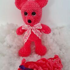szydełkowa maskotka - różowy Miś