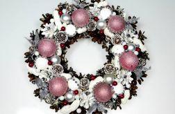 Wianek świąteczny pastelowo-wiśniowy
