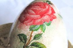 różane jajo z reliefem