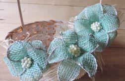Kwiaty mięty - Kosz zdobiony jutą naturalną,