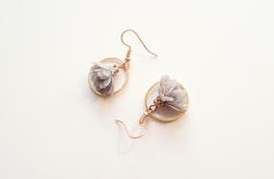 Kolczyki z tiulowym kwiatkiem szare - 2