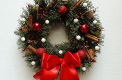 Wianek świąteczny 26 cm