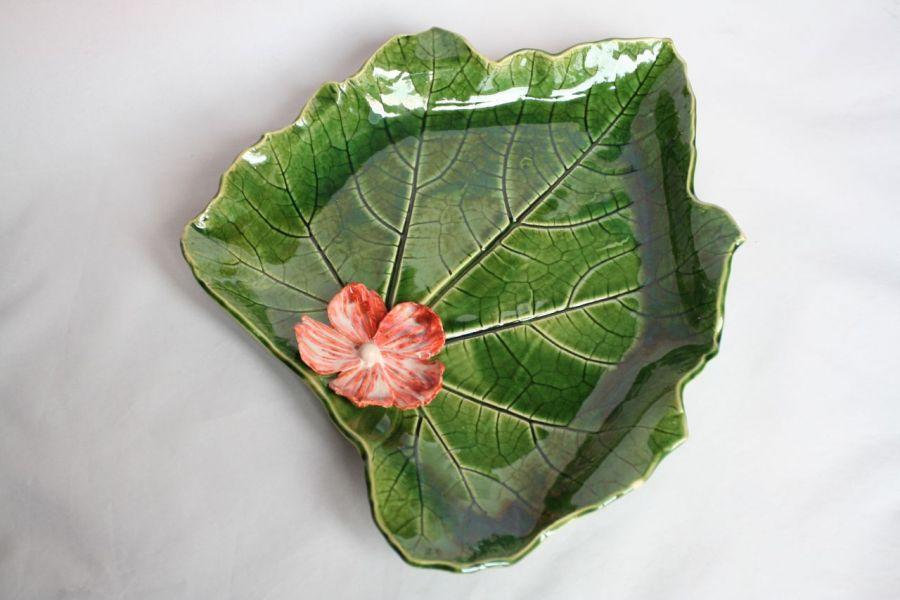 Patera liść z kwiatkiem