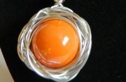 Pomarańczowa porcelana kula w oplocie, wisior