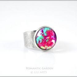 Pierścionek - Amarantowe róże - kolor srebrny