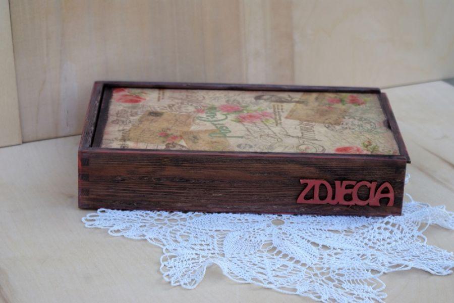 Pudełko na zdjęcia i pendrive - wlóż pendriva