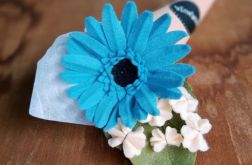 Gerbera - kwiat z filcu - niebieski