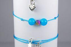 Trzy bransoletki niebieskie