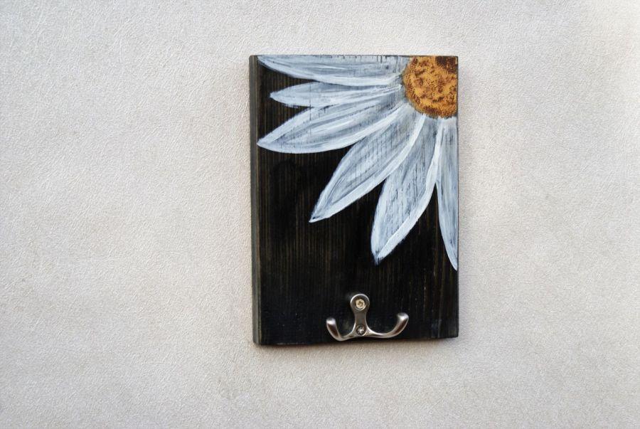 Wieszak  na klucze Biały kwiat