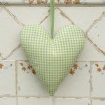 Rustykalnie - serce z zielonym winogronem -
