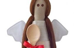 anioł kuchenny z łyżką