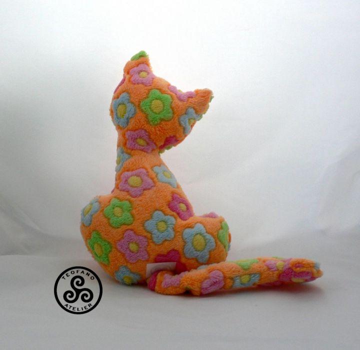 Kotek - grzechotka - teofano atelier , zabawka, maskotka