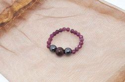 Pierścionek elastyczny - rubin,hematyt,granat