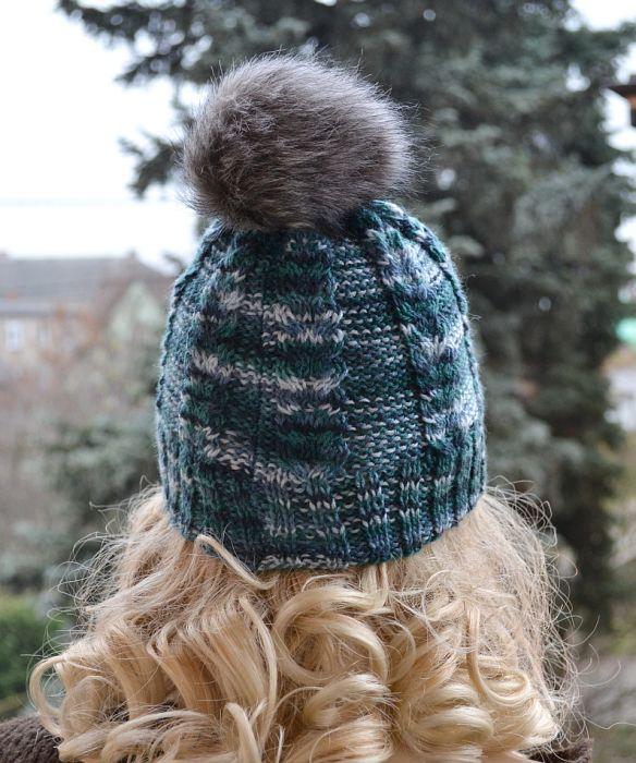 Melanżowa czapka z pomponikiem!