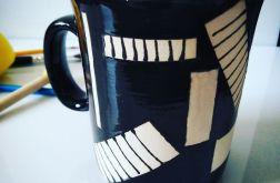 Elegancki ceramiczny kubek Black&White