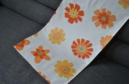 Bieżnik na stół - pomarańczowe kwiaty