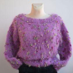 Różowy moherowy sweterek oversized