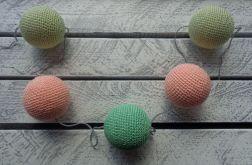 Girlanda z cotton balls