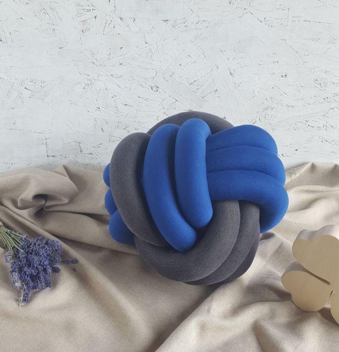 Poduszka piłka dwukolorowa