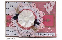 Różowa z kwiatem kartka 18 urodziny