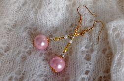 Kolczyki długie - różowe szklane perły