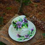 filiżanka z talerzykiem - fioletowe kwiaty -