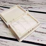 Białe pudełko na obrączki księga serca