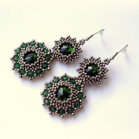 Piękne indyjskie kolczyki chromowo-zielone