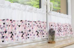 Zazdrostki scandi trójkąty róż folet biel