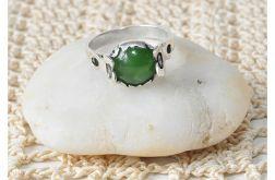 11 pierścionek vintage z nefrytem