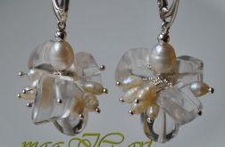 Kryształ górski z perłami naturalnymi