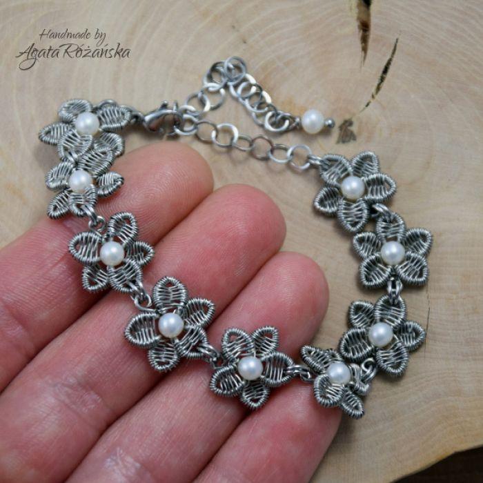 KWIATY bransoletka z perłami ze stali chirurg - Bransoletka ze stali chirurgicznej, wykonana techniką wire wrapping