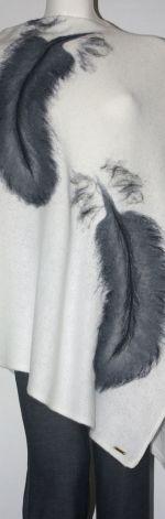 Ponczo filcowane wełną zdobione1