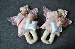 Zabawka tekstylna - Aniołek łososiowy